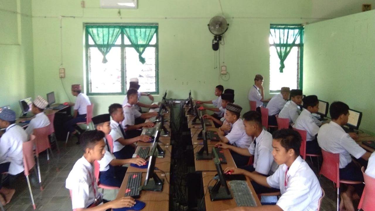 Ujian Berbasis Komputer